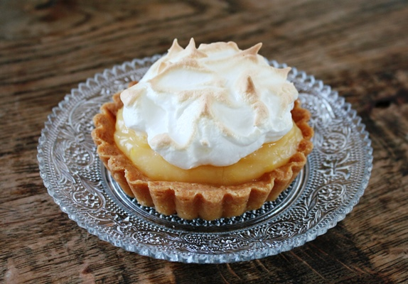 Lemon merigue pie