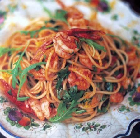 spaghetti-con-gamberetti-e-rucola