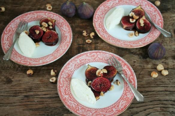 geroosterde vijgen met granaatappel-melasse, mascapone en hazelnoot 015 (3)